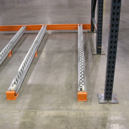 Pallet Flow Rack Floor Application with beam section