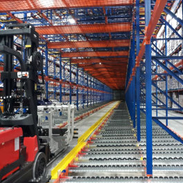 Pallet Flow Structural Rack Netting Above