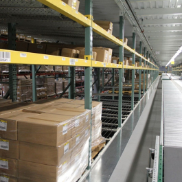 Pallet Flow Rack To Conveyor Loading