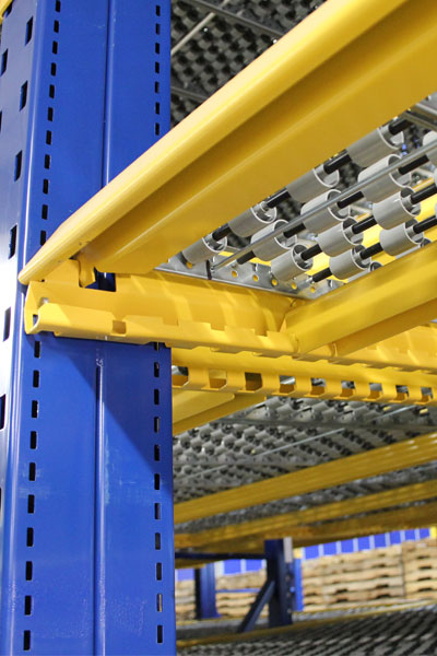 UPICK Carton Flow Rack ships more compact with less damage to save you money. On-site interchangeable shelf members are assembled with only a shelf clip and no tools.