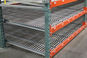 RhinoTrac Carton Flow on 4×3 T-Bolt Racks