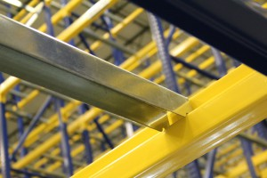 Drop In Style Crossbar for Pallet Racking