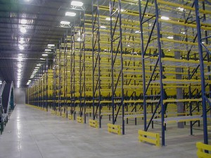 End of Aisle Guards On Selective Pallet Rack