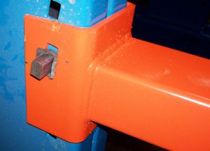 Key Wedge Connector for Cantilever Rack