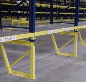 Structural Pallet Rack Upright Bottom Sloped Section