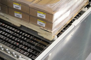 Pallet Flow Rack With Nylon Pallet Stop