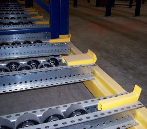 Pallet Flow Rack with Heavy-Duty Poly Wheel