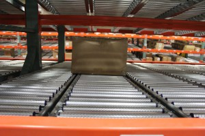 RhinoTrac Carton Flow Lane With Shelf Slope