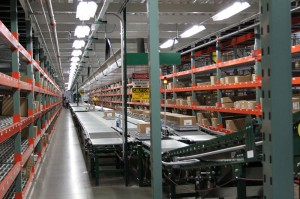 Conveyor To Rhinotrac Carton Flow Rack