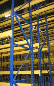Structural Pallet Rack Uprights with Roll-Formed Beams – Hybrid Rack