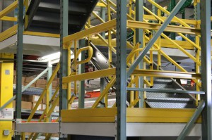 Pick Module Stairs in Pallet Racking